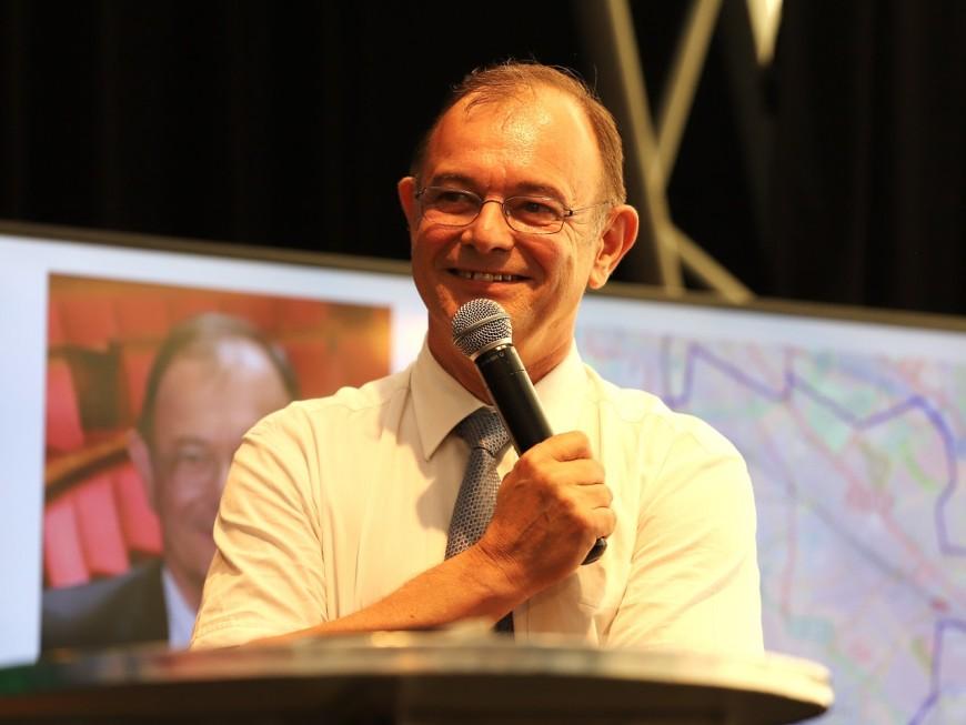 Vénissieux : le député Yves Blein officialise sa candidature aux municipales