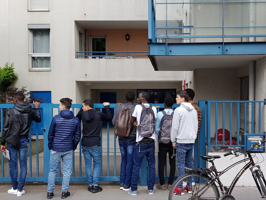 Villefranche : mécontents de la nourriture servie, les mineurs isolés se barricadent dans leur foyer