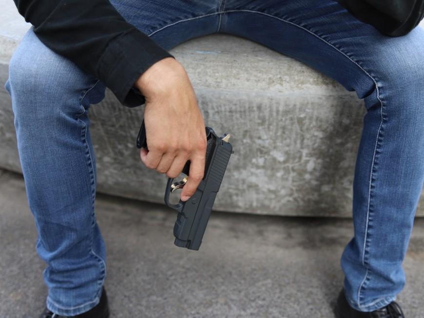 Villeurbanne : l'adolescent de 14 ans tire sur les contrôleurs TCL avec un pistolet à billes