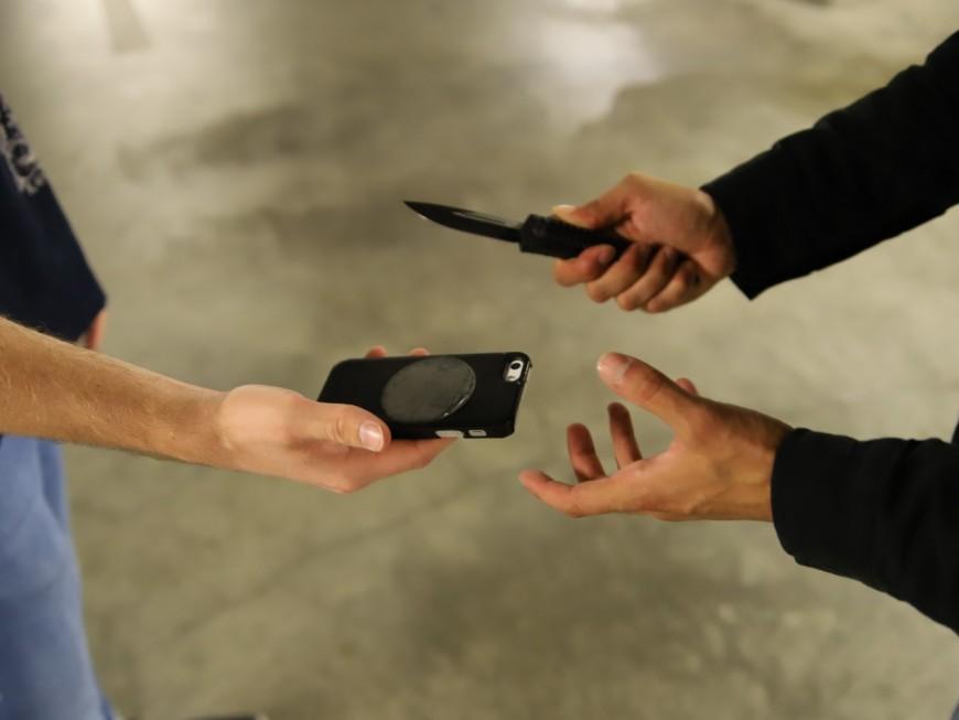 Rakwin : la start-up lyonnaise qui protège votre téléphone