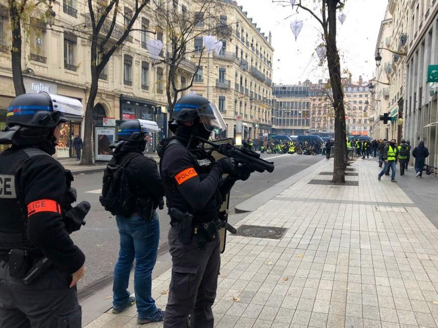 Gilets jaunes : une après-midi tendue dans le centre-ville de Lyon (MàJ)