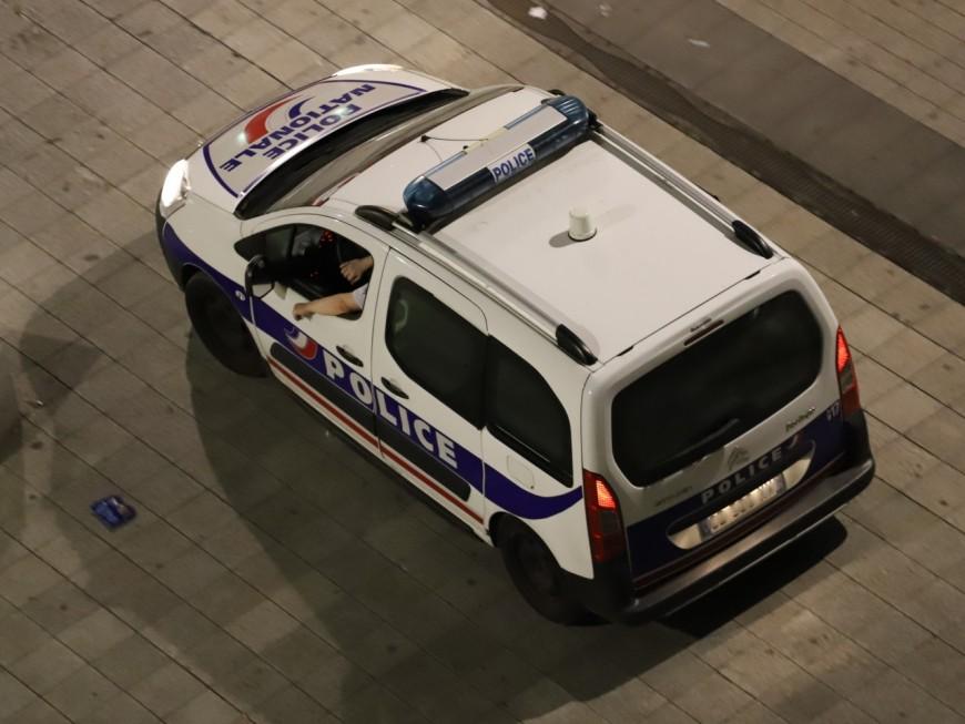 Lyon : bagarre générale à coups de chaises métalliques en plein centre-ville