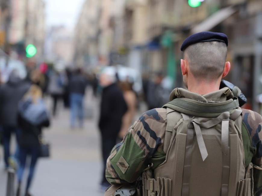 """Lyon : il crie """"Allah Akhbar"""" devant des militaires pour s'amuser"""