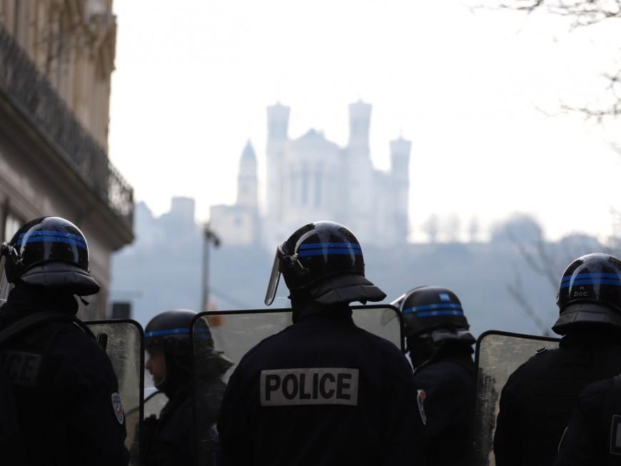 Lyon: 23 policiers blessés lors de la nouvelle manifestation contre la loi Sécurité Globale