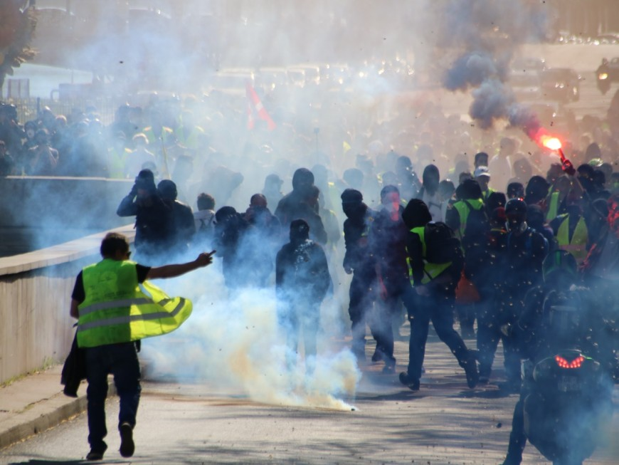 Mort d'une octogénaire lors d'une manifestation de gilets jaunes à Marseille : l'enquête arrive à Lyon