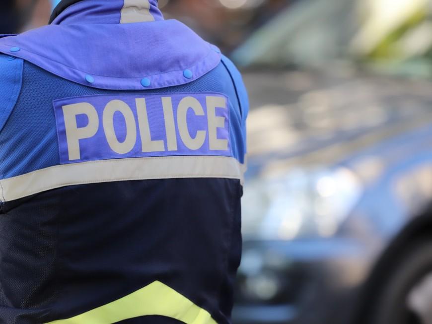 Près de Lyon : les policiers interviennent pour un différend et découvrent de la drogue