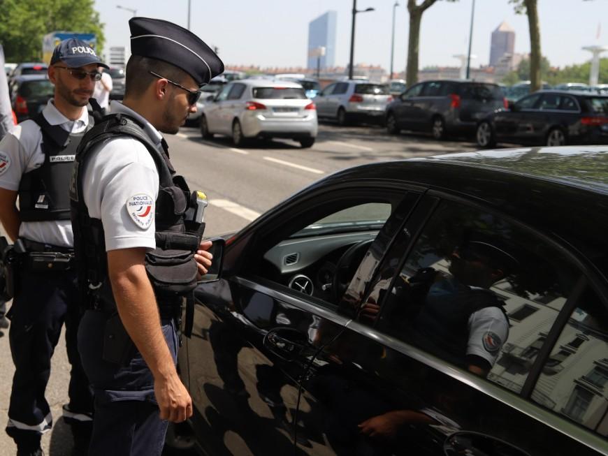 Lyon 9e : le conducteur sans permis avait sur lui 8 pochons de cannabis et portait un bracelet électronique