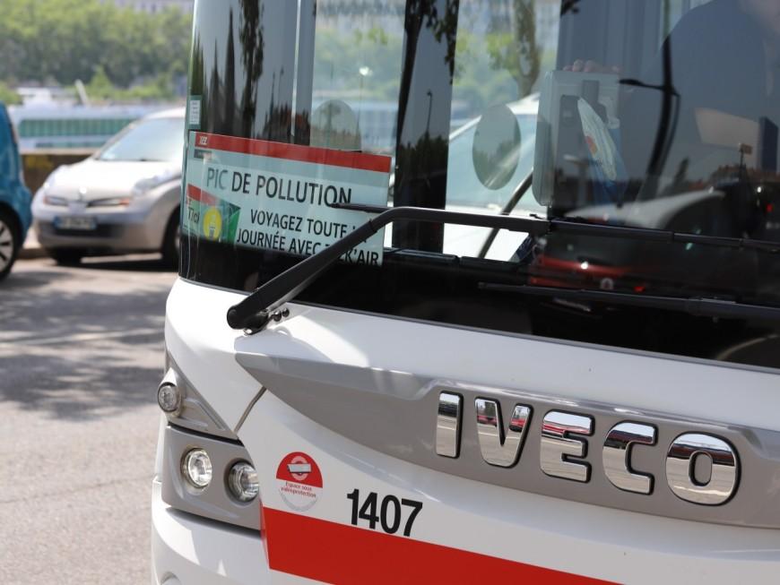 Episode de pollution à Lyon : les TCL proposent à nouveau leur titre spécial Tick'Air