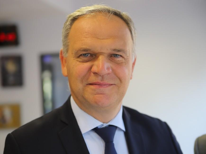François-Noël Buffet (LR) veut créer une police métropolitaine