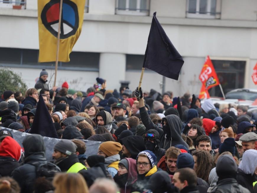 Lyon : il sera interdit de manifester en centre-ville ce samedi