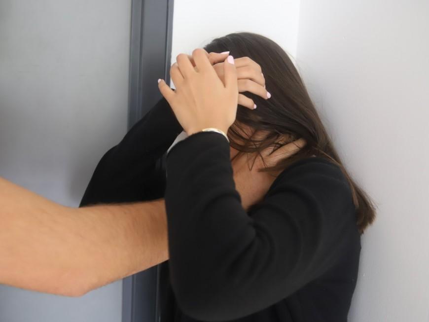 Lyon : il vient porter plainte contre son épouse pour violence, alors qu'il aurait tenté de l'étrangler