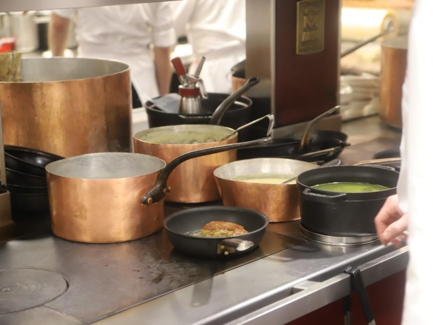 Restrictions sanitaires à Lyon : un nouveau concert de casseroles des restaurateurs ce vendredi