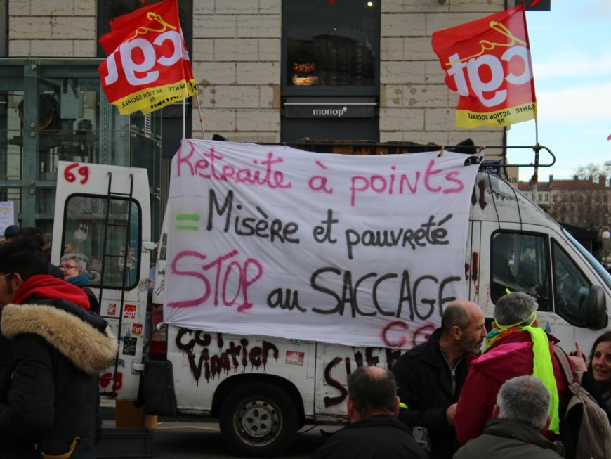 Réforme des retraites : un rassemblement à Lyon ce lundi contre l'utilisation du 49.3