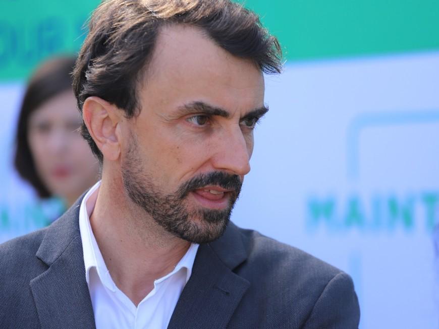 Dans une tribune, Grégory Doucet et d'autres élus demandent un moratoire sur la 5G