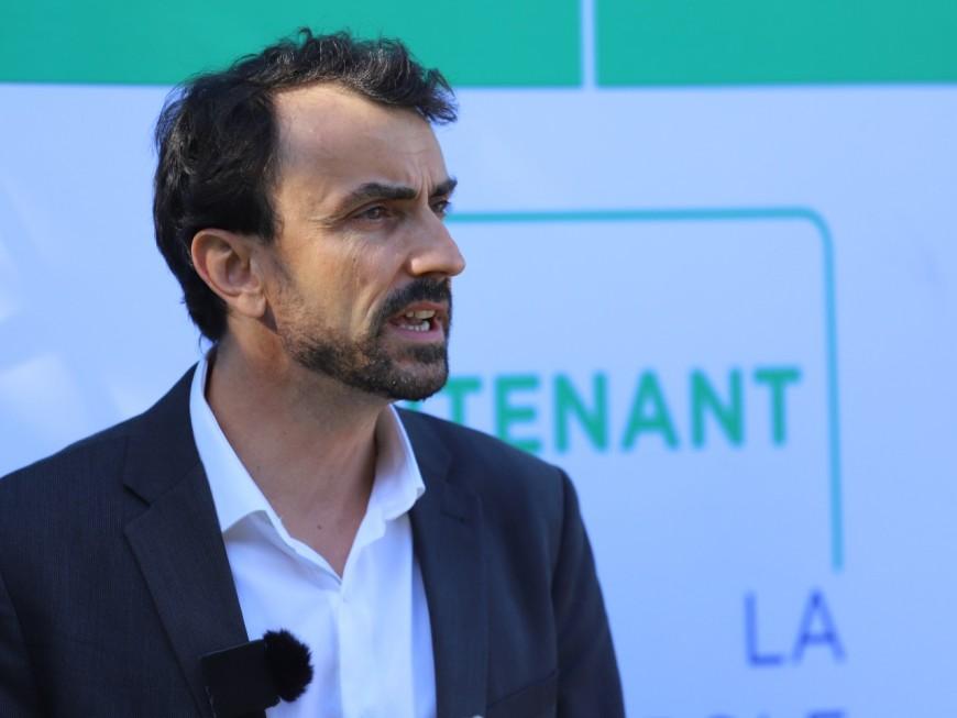 Violences du 14 juillet: le maire de Lyon réagit (enfin) sur Twitter