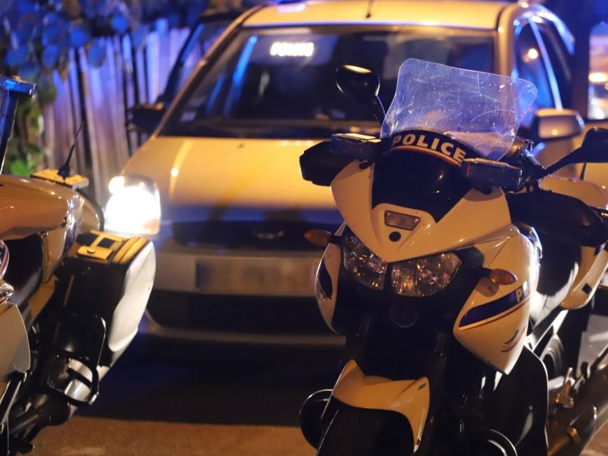 Un policier blessé en interceptant un voleur de fourgon près de Lyon