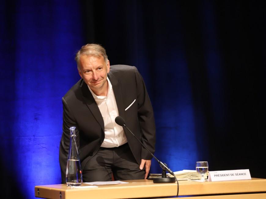 Métropole de Lyon : Bruno Bernard veut devenir un super-président, l'opposition inquiète