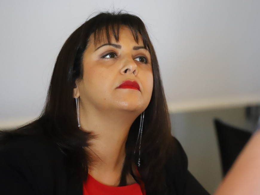 Fouziya Bouzerda élue présidente du MoDem du Rhône