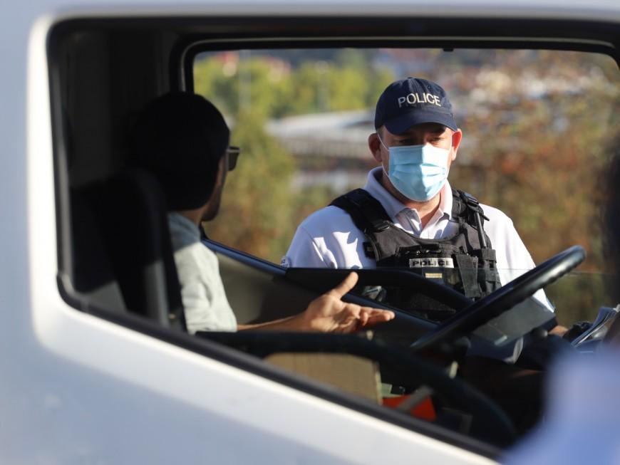 Près de Lyon, le référent stupéfiants d'une entreprise prend le volant après avoir fumé un joint
