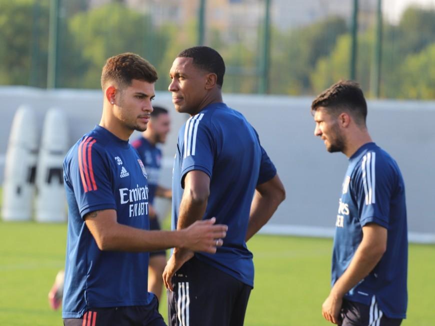 """OL : """"respecter Metz"""" avant de penser au PSG"""