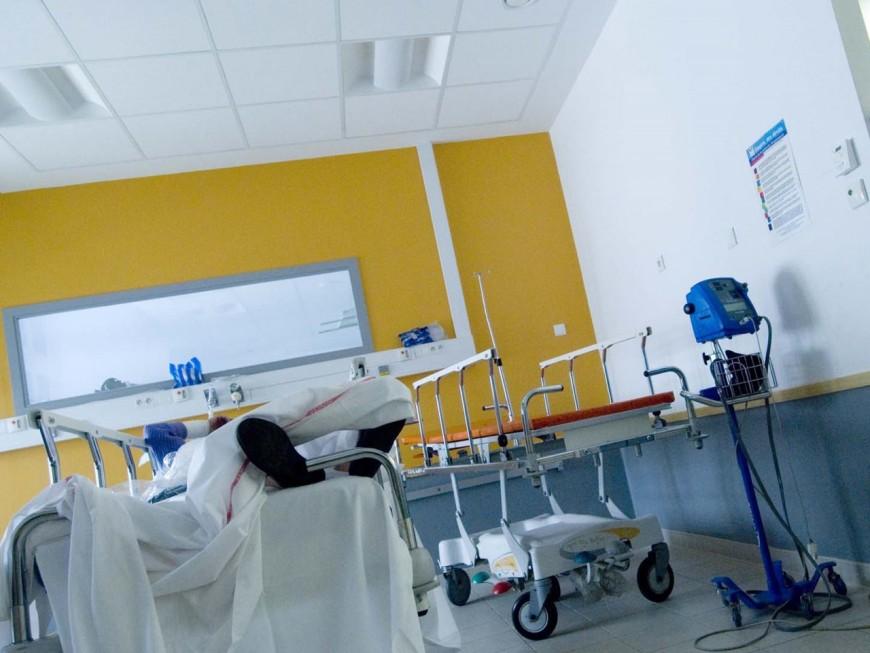 Coronavirus : des patients hospitalisés bientôt transférés de Lyon vers Paris