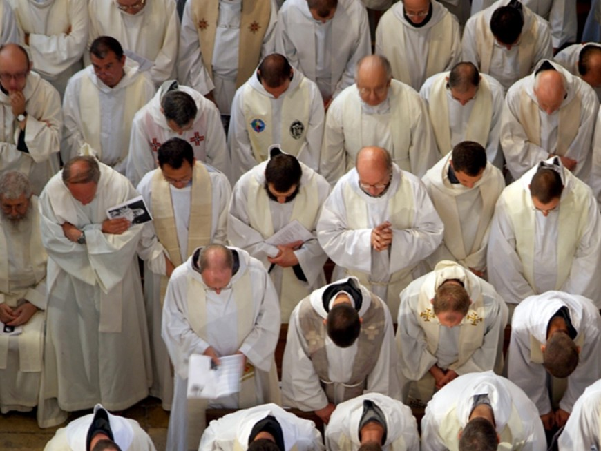 Lyon : près de 1000 catholiques manifestent pour le droit à la messe