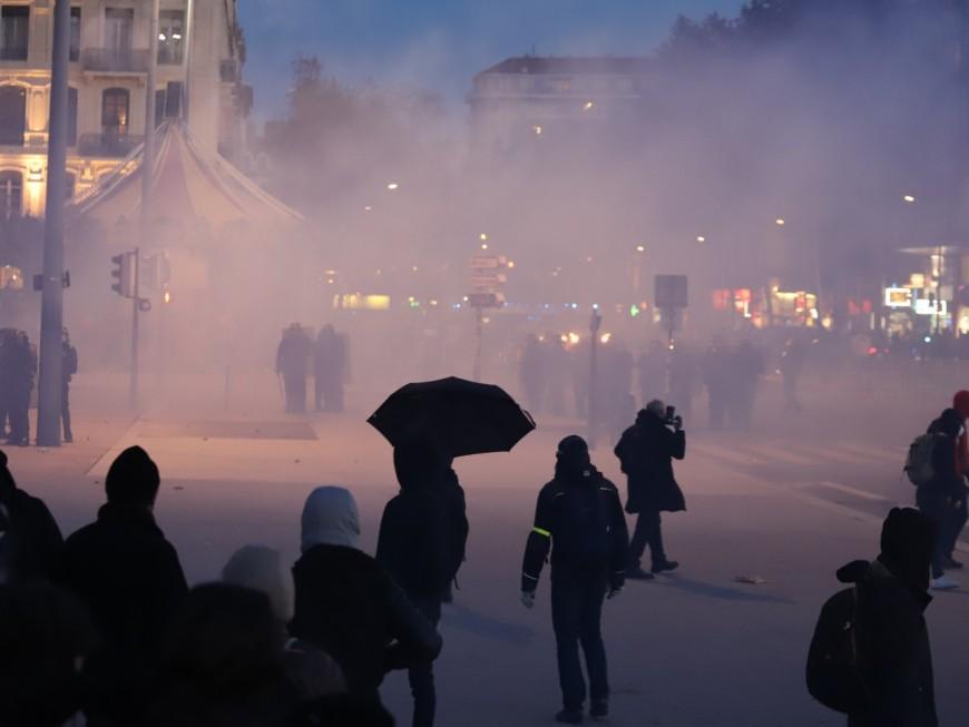 Lyon: un casseur condamné après les affrontements lors de la manif contre la loi Sécurité globale
