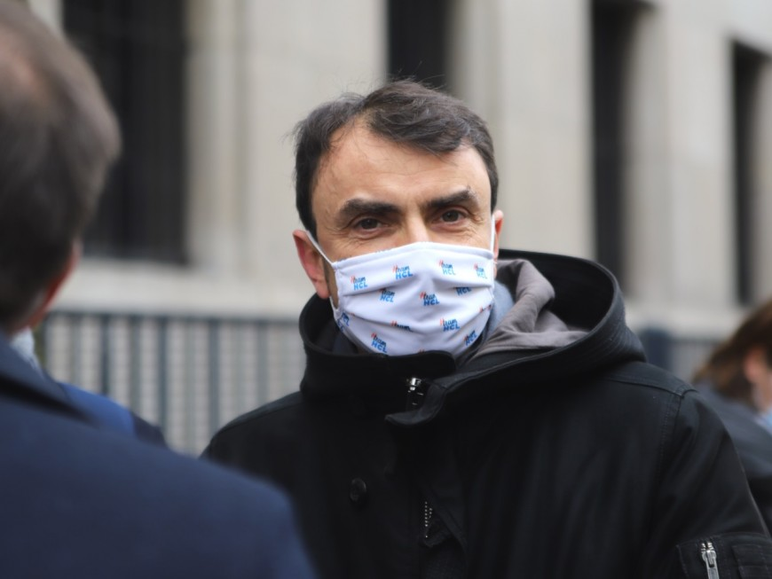 """Etats-Unis : """"Lyon est aux côtés des Américains"""" promet le maire Grégory Doucet"""
