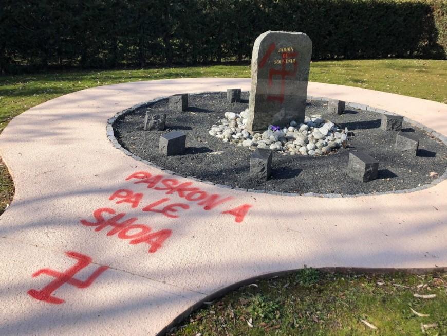 Des inscriptions antisémites découvertes dans un cimetière près de Lyon