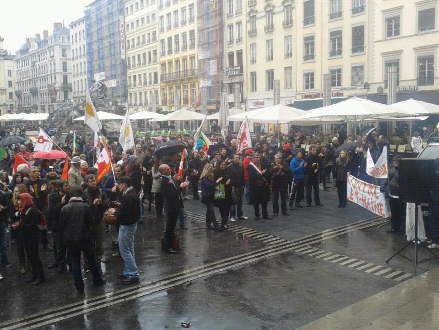 Manifestation aux Terreaux contre la venue de Marine Le Pen