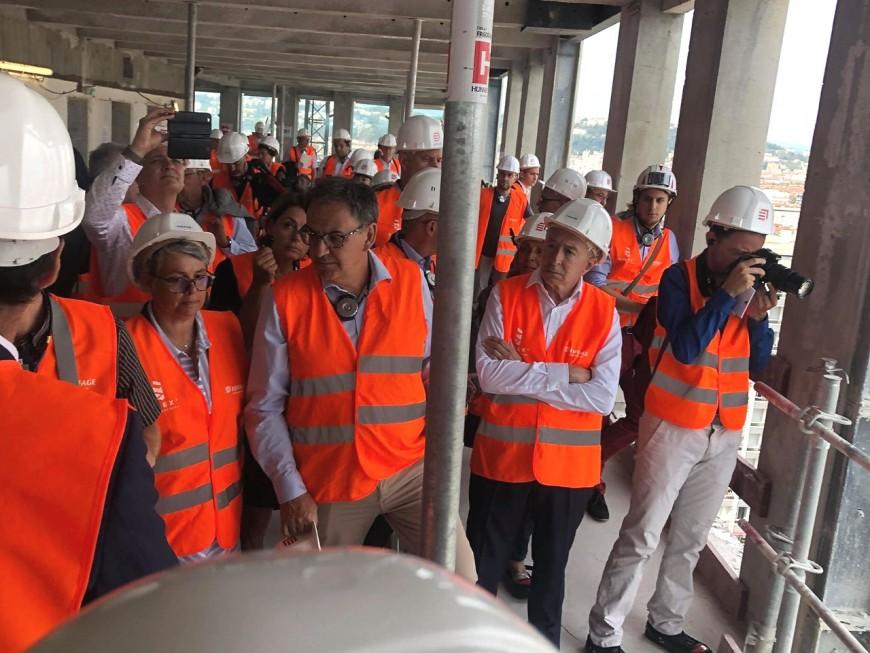 Rabibochés ? Collomb et Kimelfeld côte à côte à la visite de rentrée du maire de Lyon - VIDEO