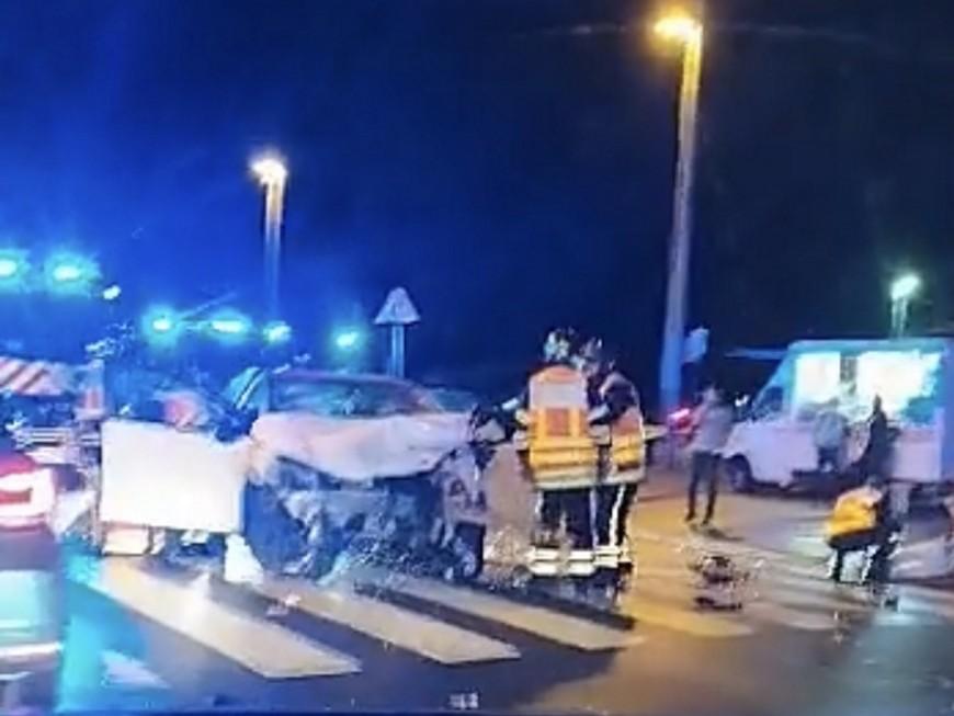 Lyon: encore un violent accident en centre-ville, trois blessés dont un grave