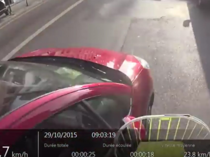 Percuté volontairement par une voiture, un cycliste met en ligne la vidéo de son accident à Lyon