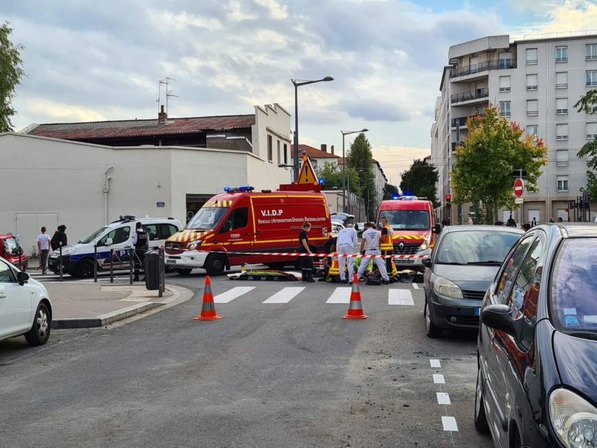 Lyon : un cycliste percuté par une voiture dans le 7e arrondissement