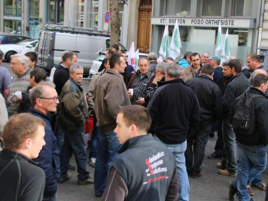 Agriculteurs en colère : Michel Delpuech a reçu la FRSEA