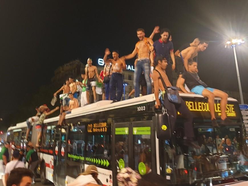 Lyon : klaxons et bagarres, ils fêtent bruyamment la victoire de l'Algérie à la CAN