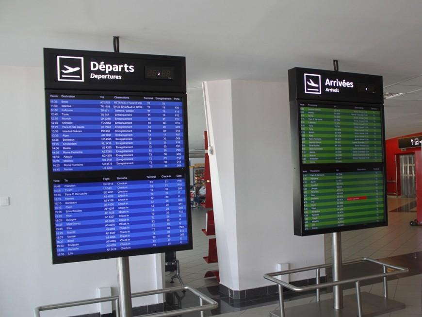 Accueil des personnes handicapées à l'aéroport de Lyon : le personnel de l'entreprise SAMSIC en grève
