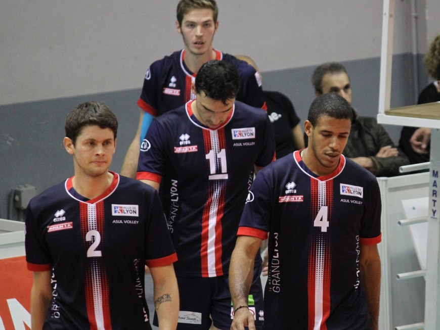 Ligue A : l'ASUL n'a pas tenu le coup contre Paris (3-2)