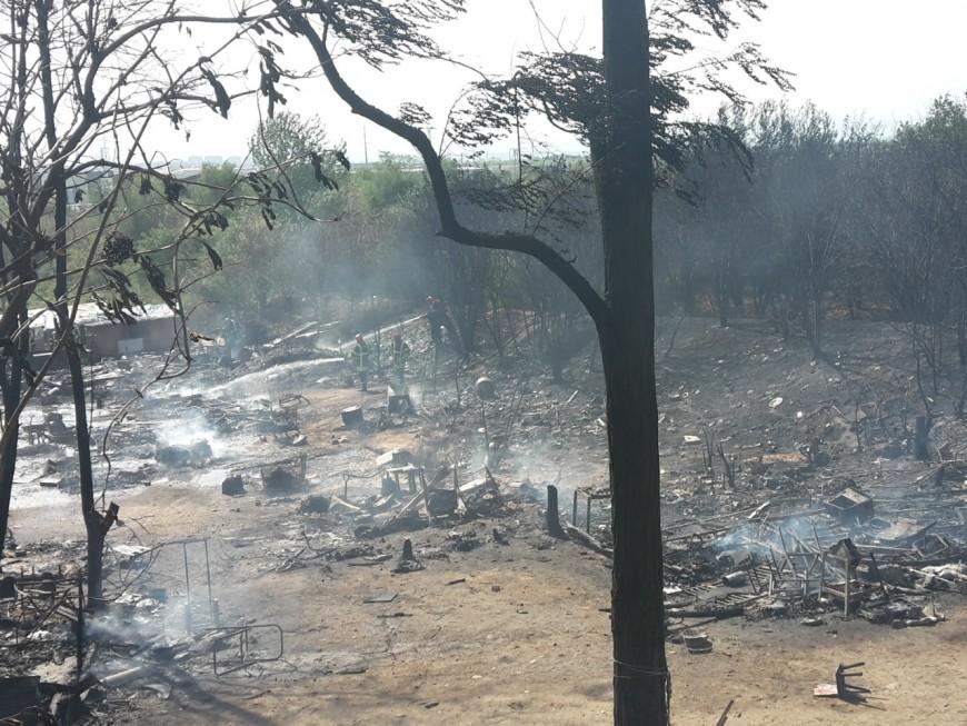 Après l'incendie du camp de Roms, le maire de Saint-Priest réclame son expulsion