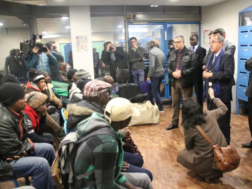 Le gouvernement veut répartir près de 2000 réfugiés de Calais en Auvergne Rhône-Alpes