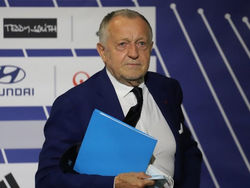 """Arrêt de la Ligue 1: Jean-Michel Aulas en a """"trop fait"""" selon un sondage"""