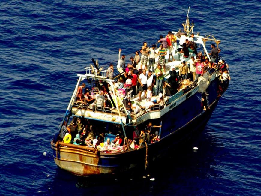 Deux Lyonnais ont acheté un avion pour venir en aide aux migrants en Méditerranée