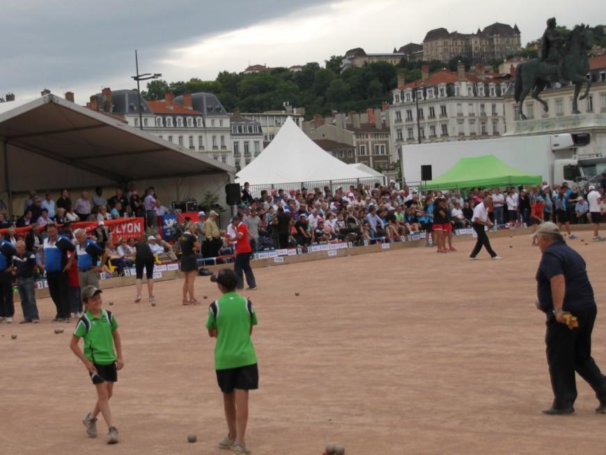 Le tournoi boulistes de la Pentecôte annulé à Lyon