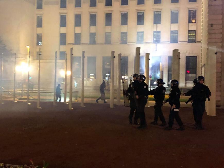 Nuit d'Halloween : des heurts en centre-ville de Lyon - VIDEO