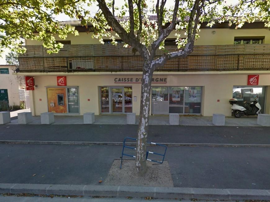 Près de Lyon, une banque ferme à cause de voisins sournois