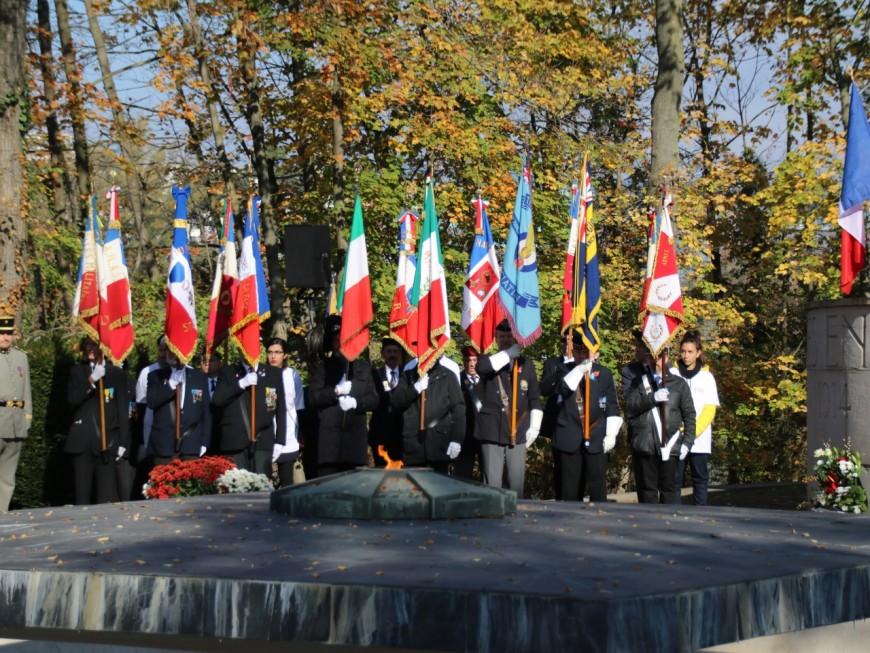 """En ce 11 novembre, Lyon célèbre """"tous les morts pour la France"""""""