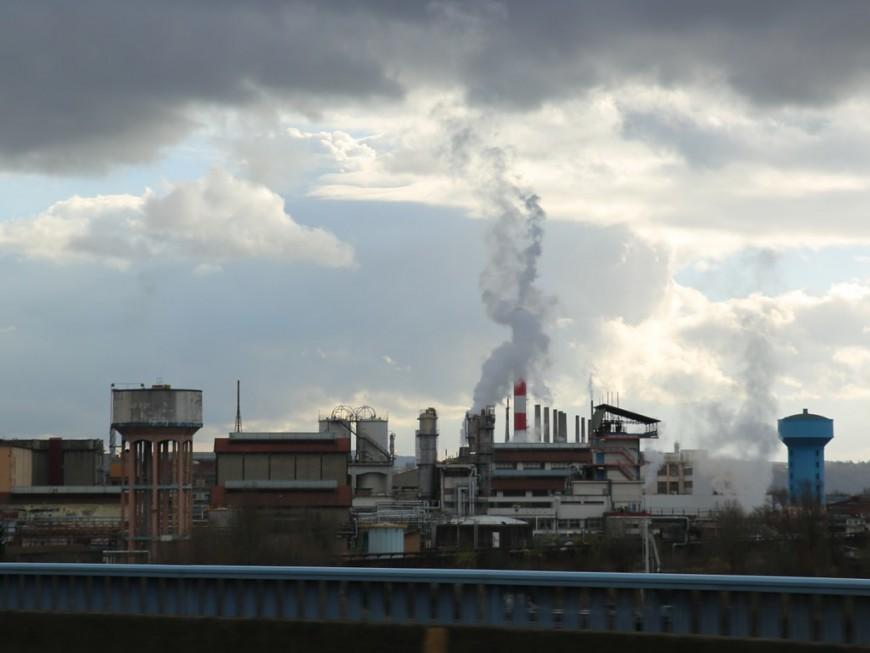 Coronavirus: la CGT demande la suspension de l'usine Solvay à St Fons