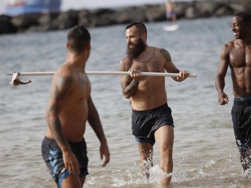 Un ancien joueur de l'OL tue un requin menacé en Espagne
