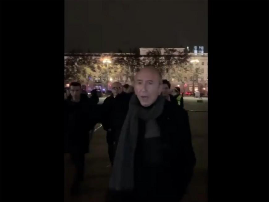 """Gérard Collomb face aux casseurs : """"Elle a un cancer la fille qui a fait ça ! Vous allez lui niquer son oeuvre !"""" - VIDEO"""