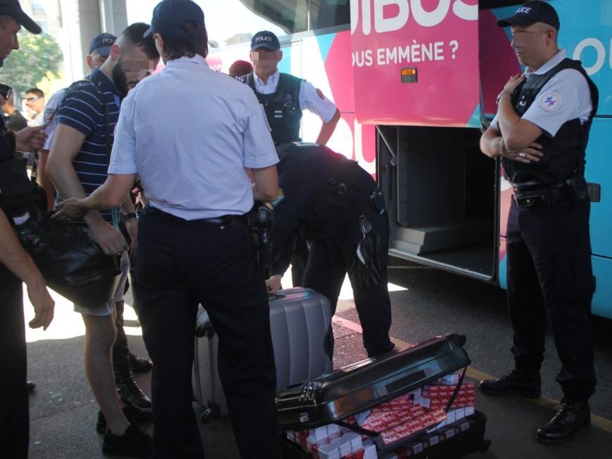 Une opération de contrôle ce mardi dans un bus arrivant à la gare Perrache